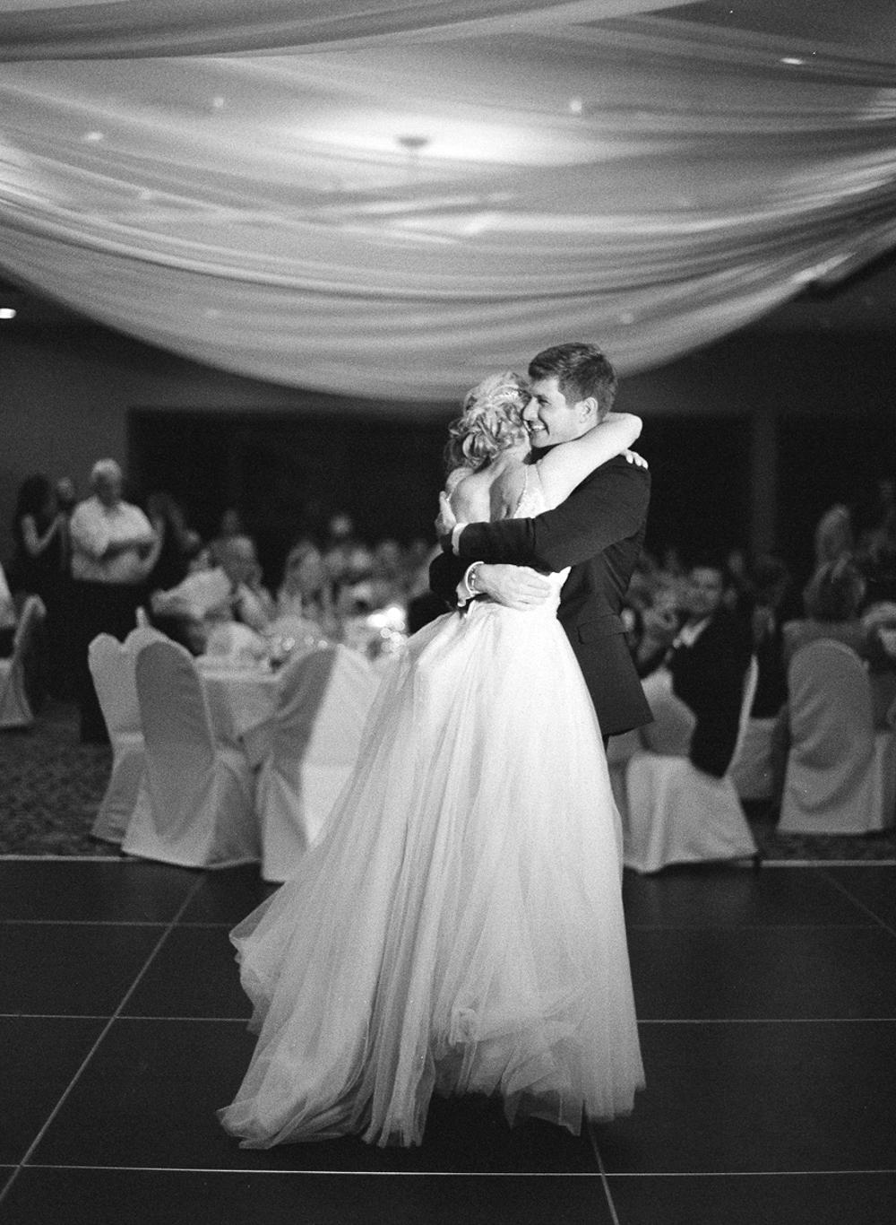 Troy_Burne_Golf_Club_Wedding_Photographer_59.jpg