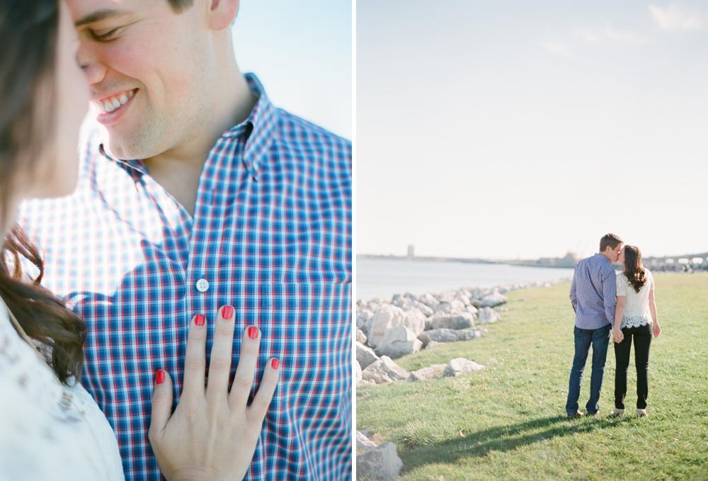 Villa_Terrace_Milwaukee_Engagement_Photographers_005.jpg