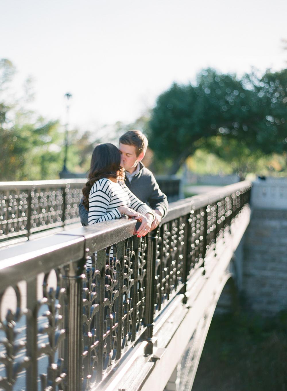 Villa_Terrace_Milwaukee_Engagement_Photographers_011.jpg