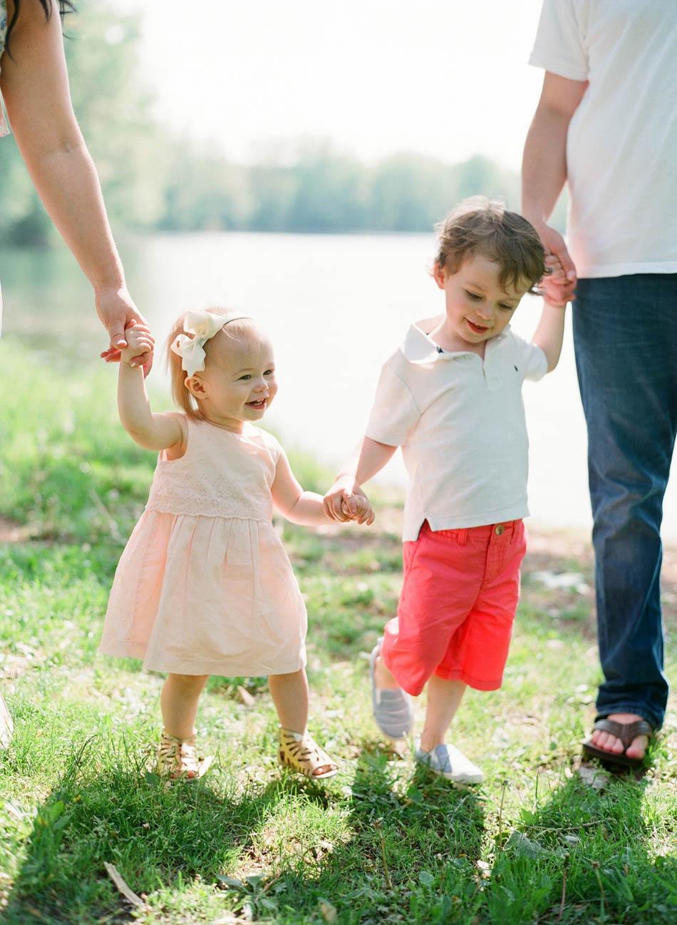 Wisconsin_Maternity_Family_Newborn_Photographers_005.jpg