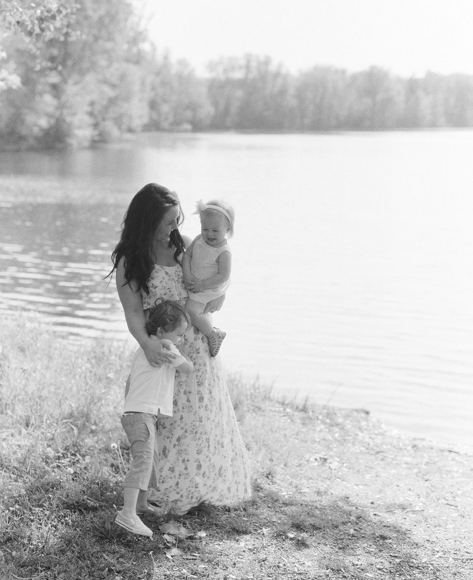 Wisconsin_Maternity_Family_Newborn_Photographers_006.jpg