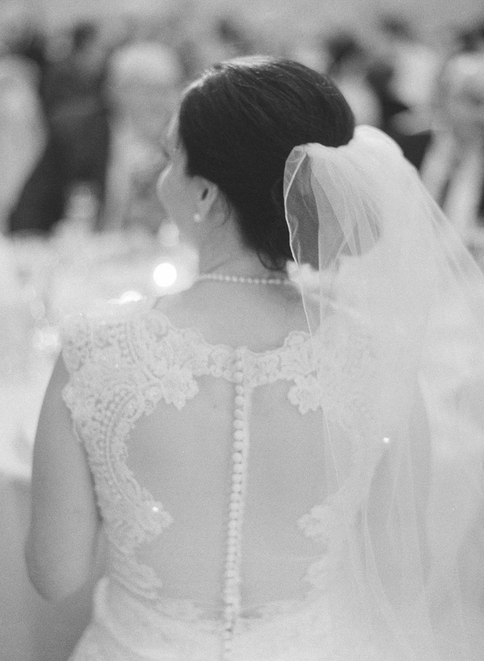 Madison_Wisconsin_Wedding_Photographer_040.jpg