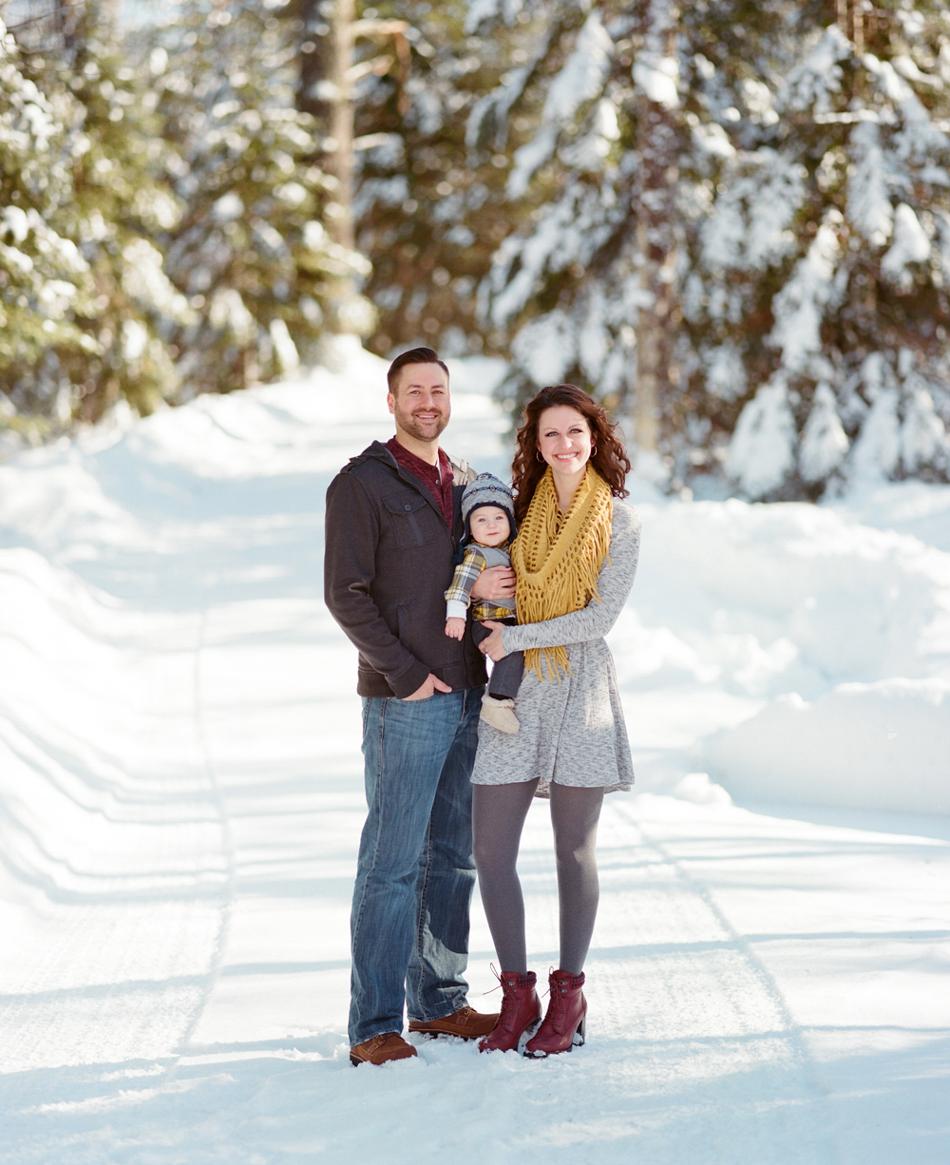Winter_Family_Photography_Wisconsin_011.jpg