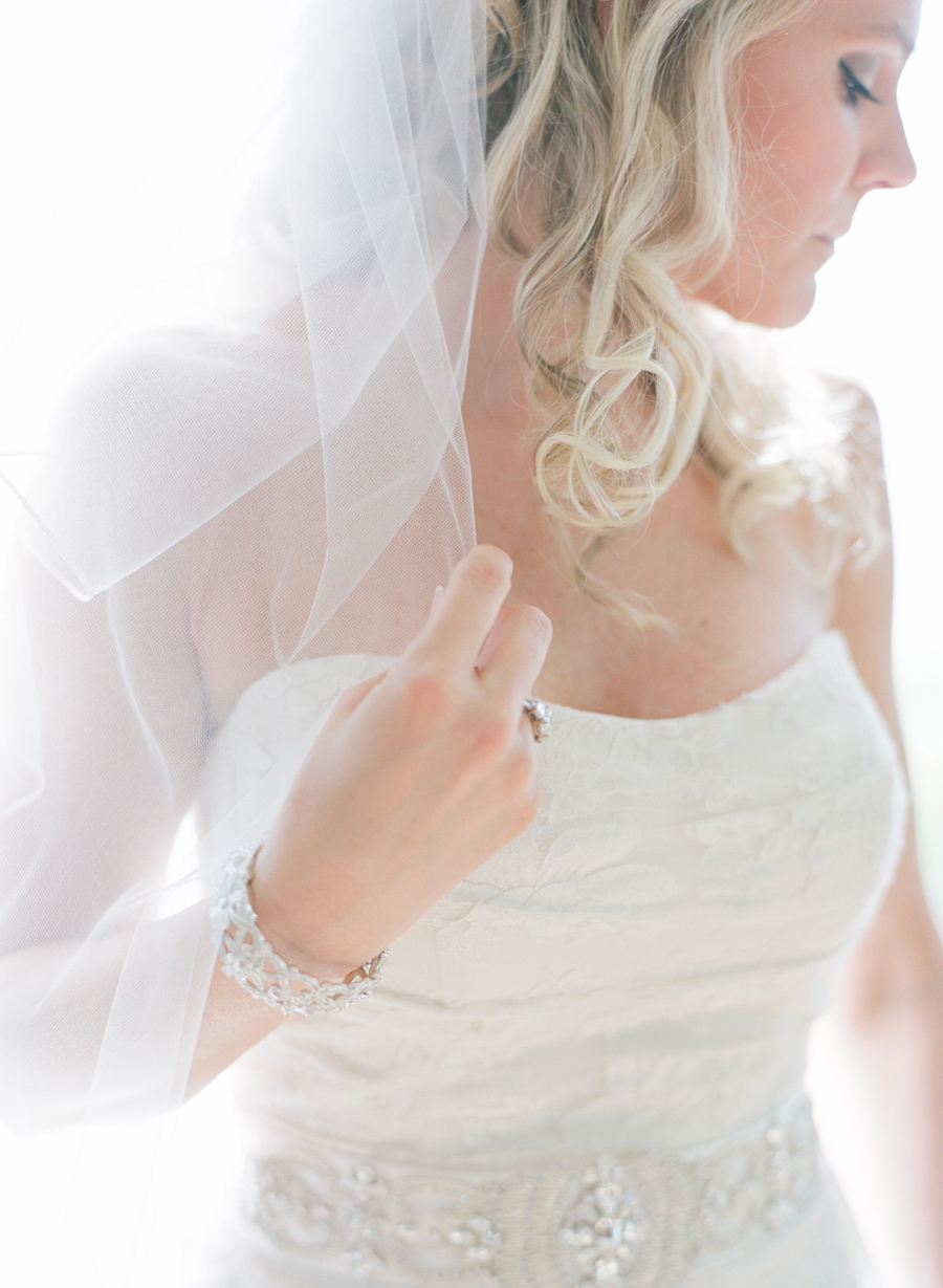 horseshoe bay beach club wedding bride getting ready