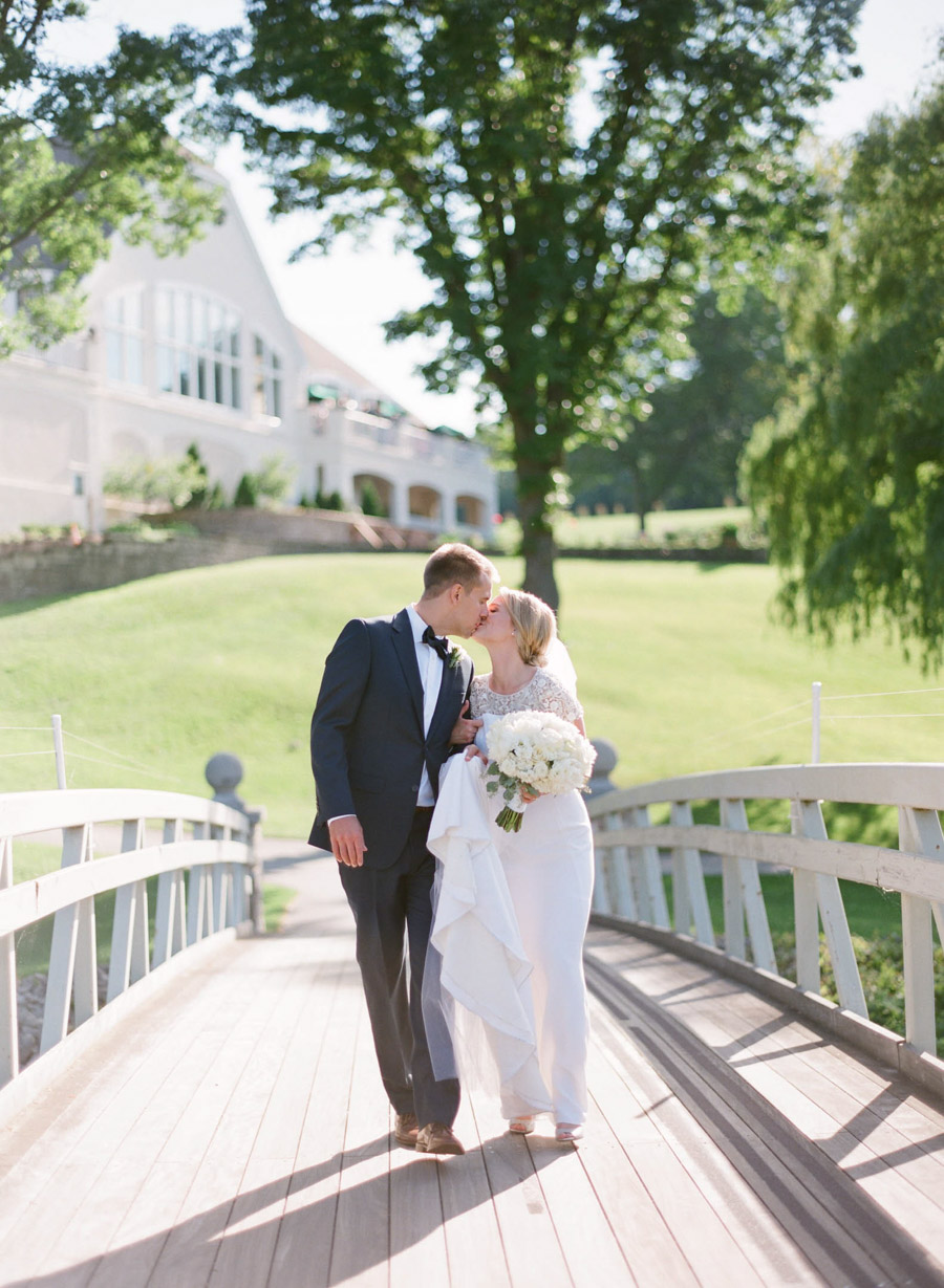 oneida country club wedding portraits