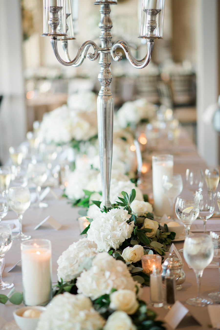 oneida country club wedding reception decor