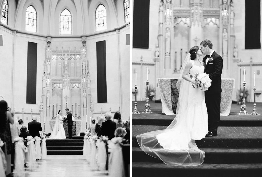 026-grain-exchange-milwaukee-wedding.jpg