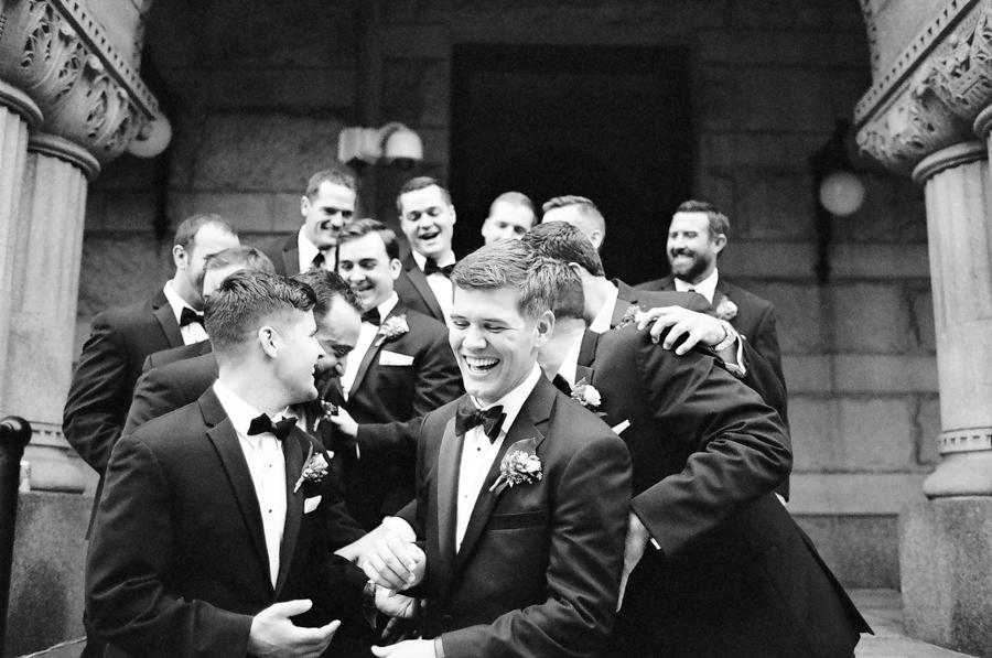 032-grain-exchange-milwaukee-wedding.jpg