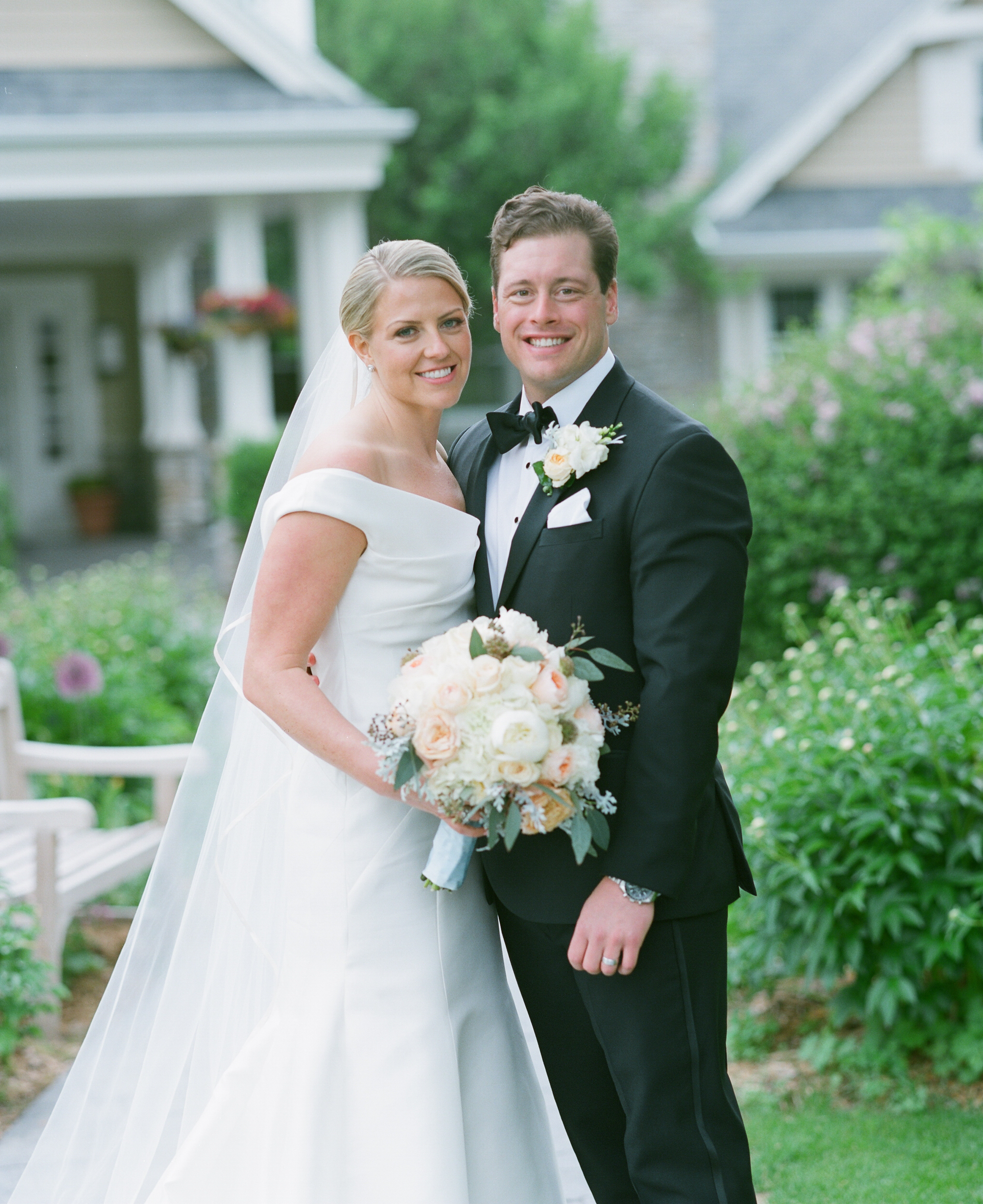 classic door county wedding portrait at horseshoe bay golf club