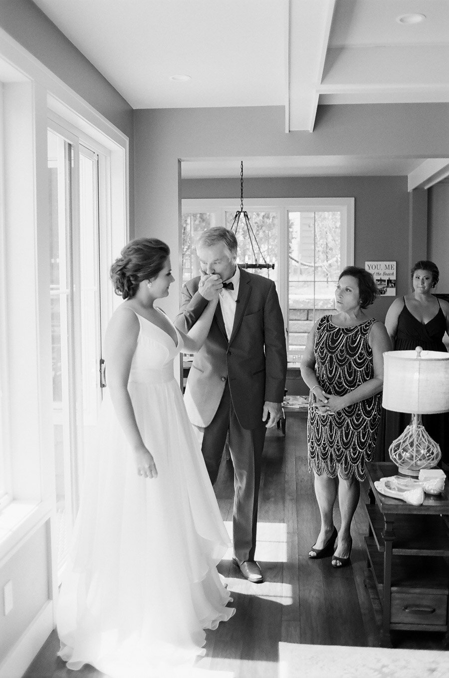 father daughter first look wedding