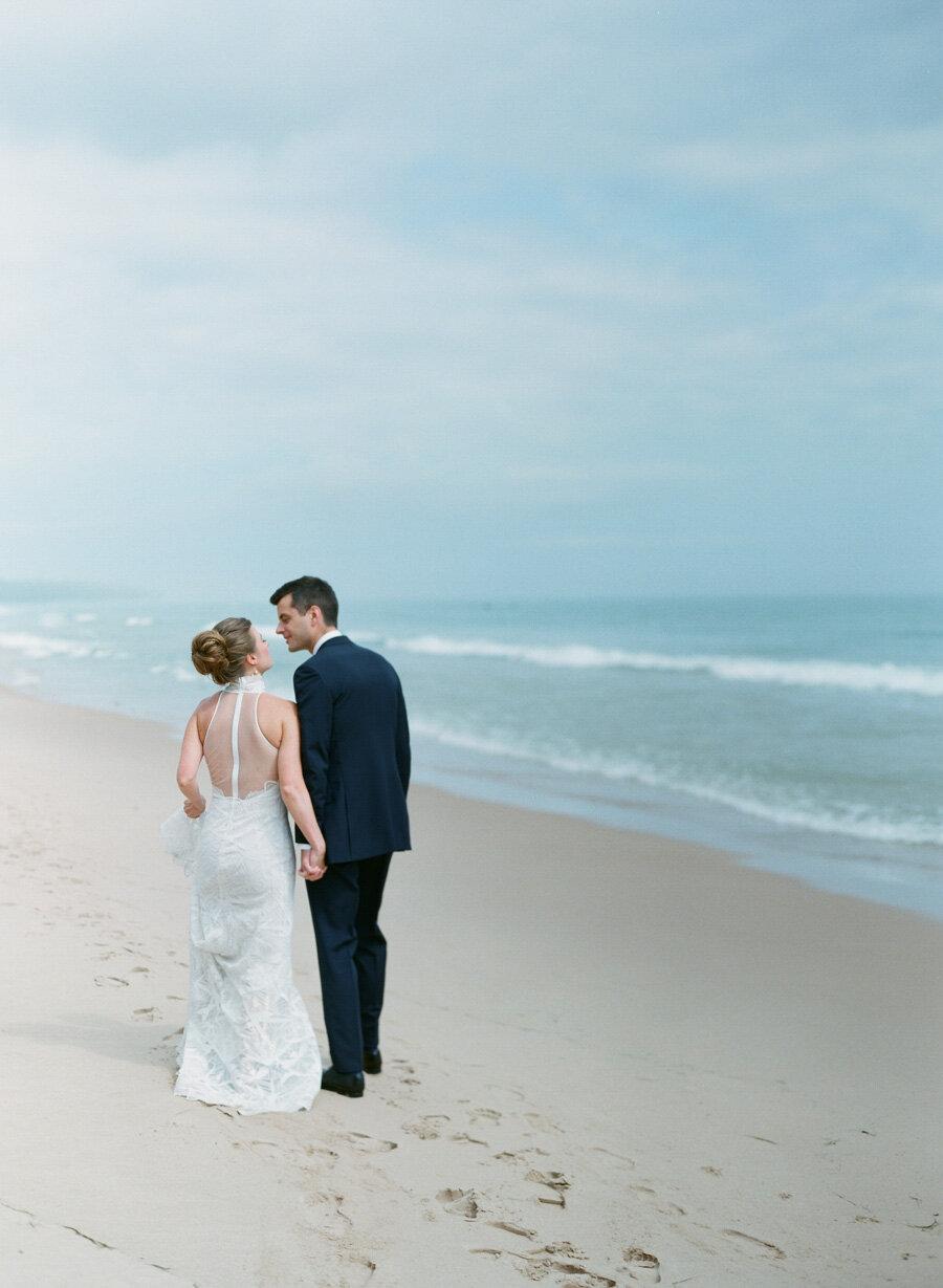horseshoe-bay-beach-club-wedding-door-county-16.jpg
