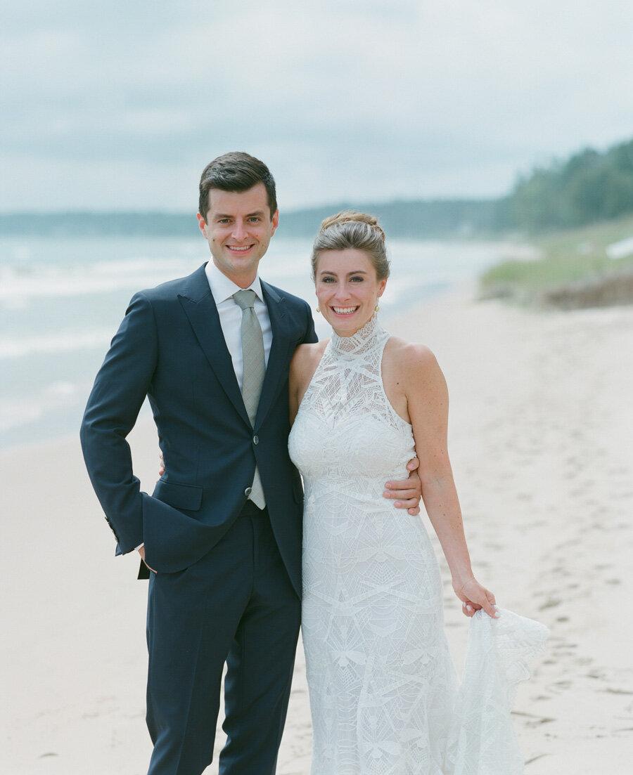 horseshoe-bay-beach-club-wedding-door-county-18.jpg