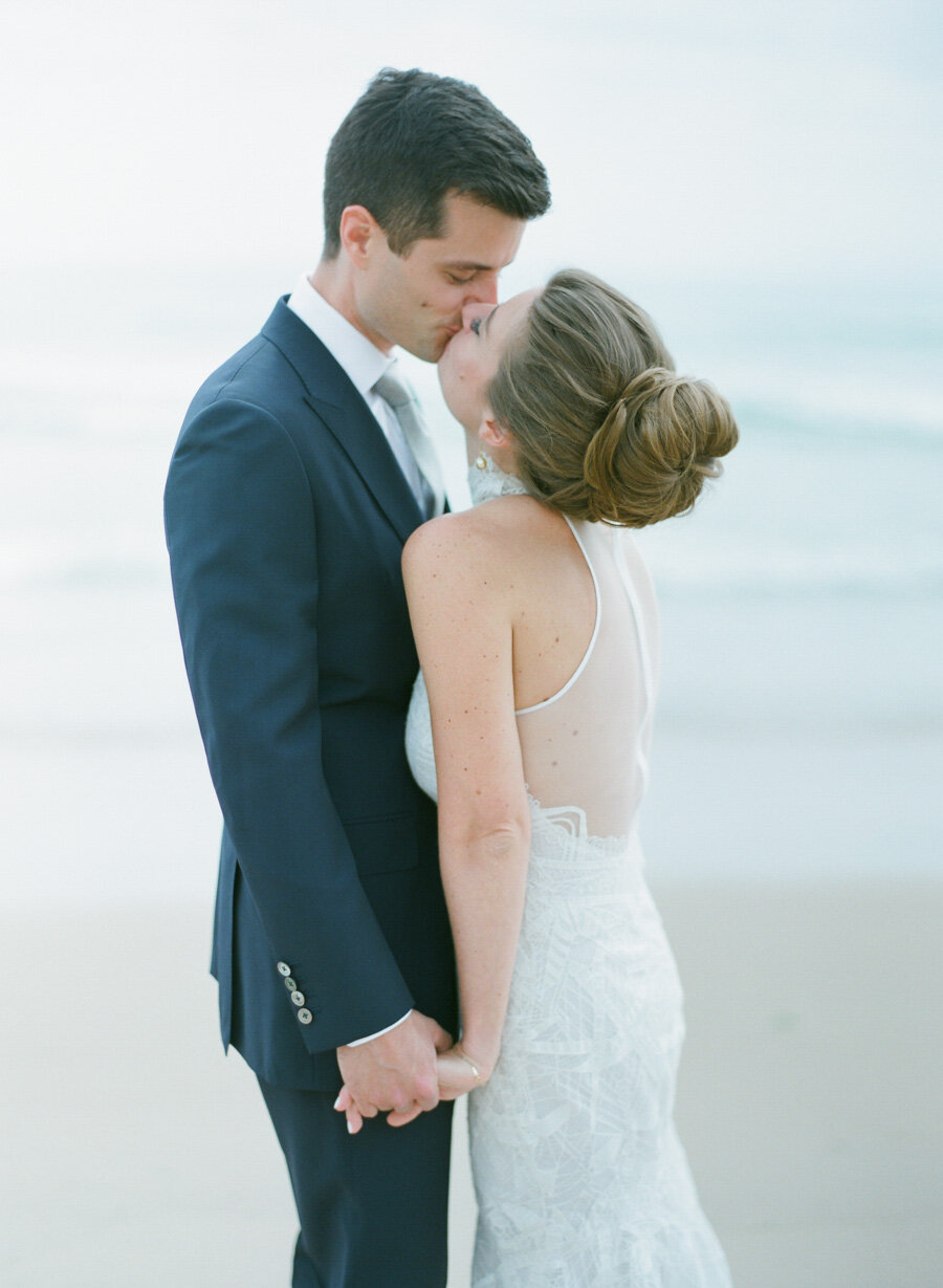 horseshoe-bay-beach-club-wedding-door-county-20.jpg