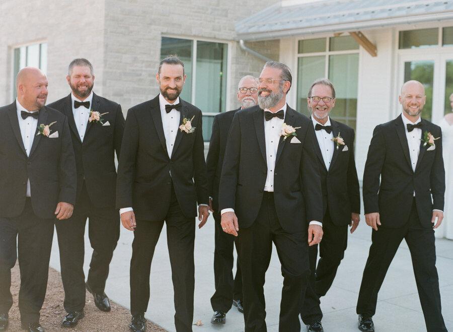kress-pavilion-door-county-wedding-038.jpg
