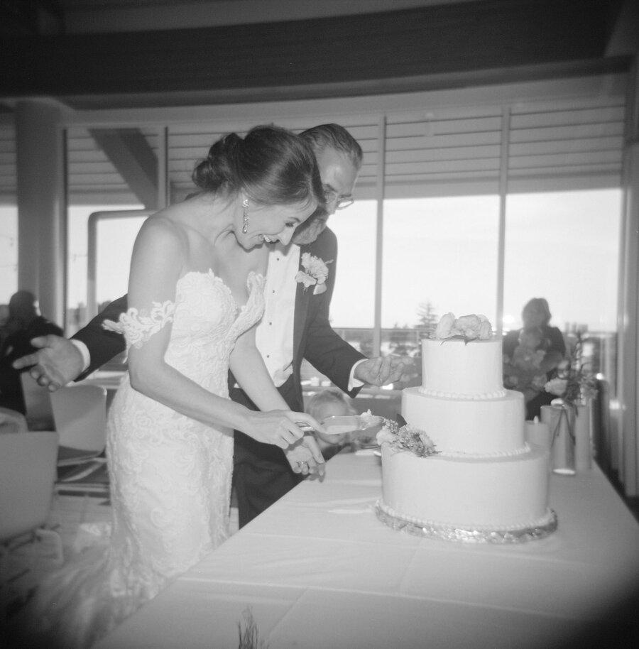 kress-pavilion-door-county-wedding-050.jpg