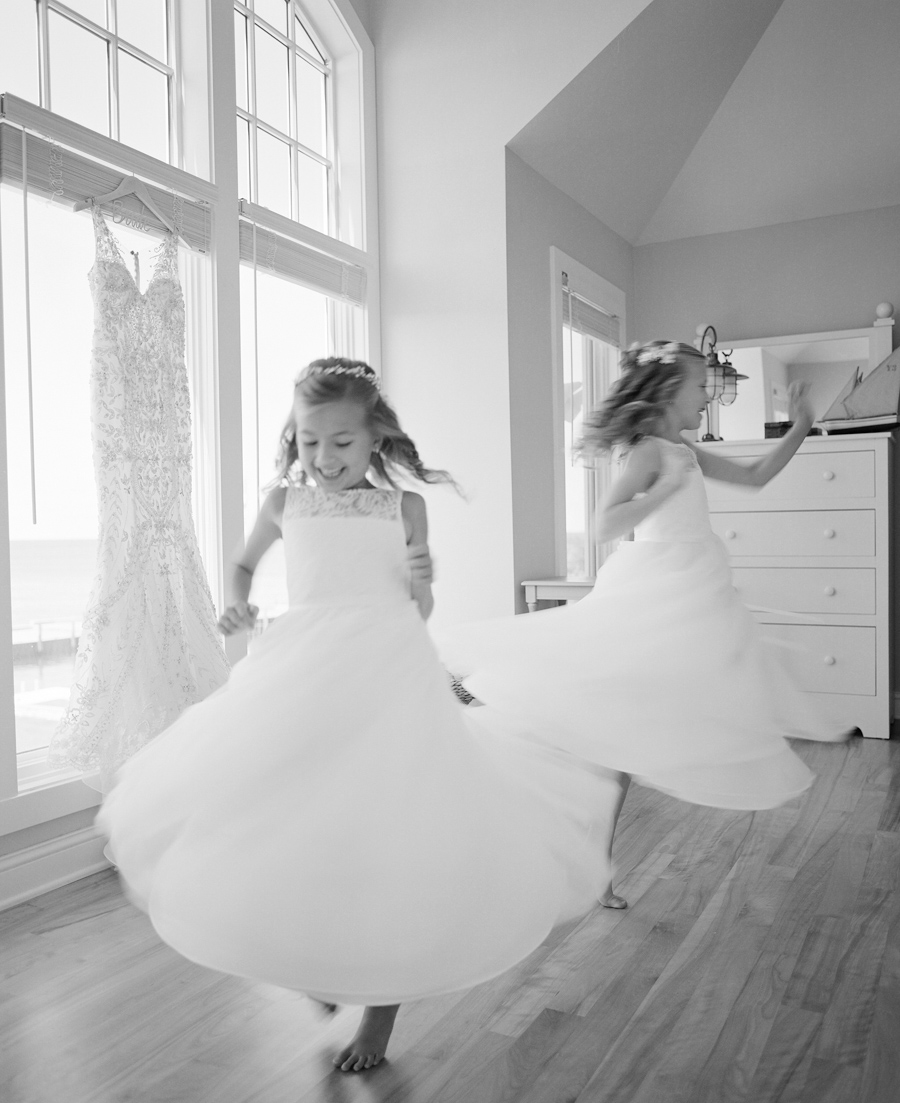 sister bay door county wedding flower girls