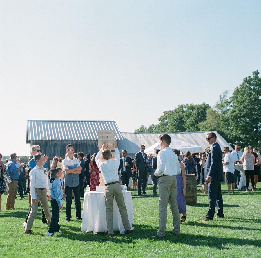 about-thyme-farm-door-county-wedding-007.jpg