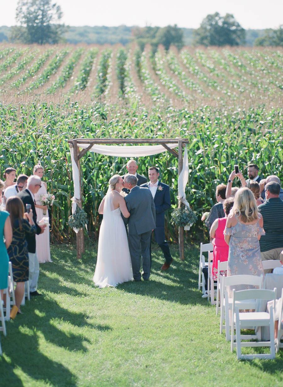 about-thyme-farm-door-county-wedding-014.jpg