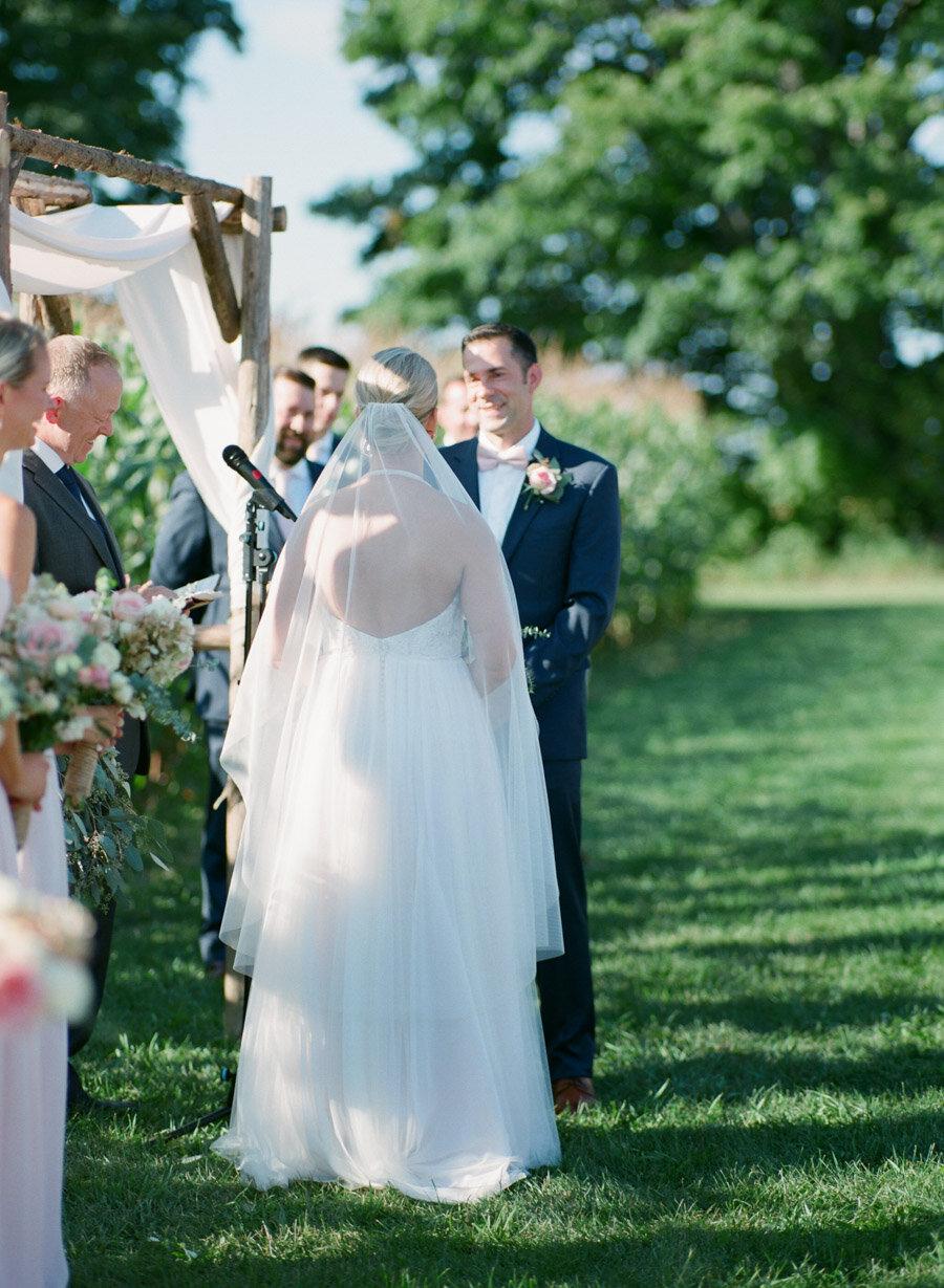 about-thyme-farm-door-county-wedding-015.jpg