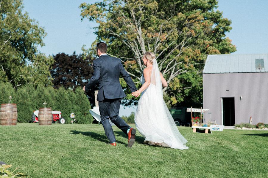 about-thyme-farm-door-county-wedding-020.jpg