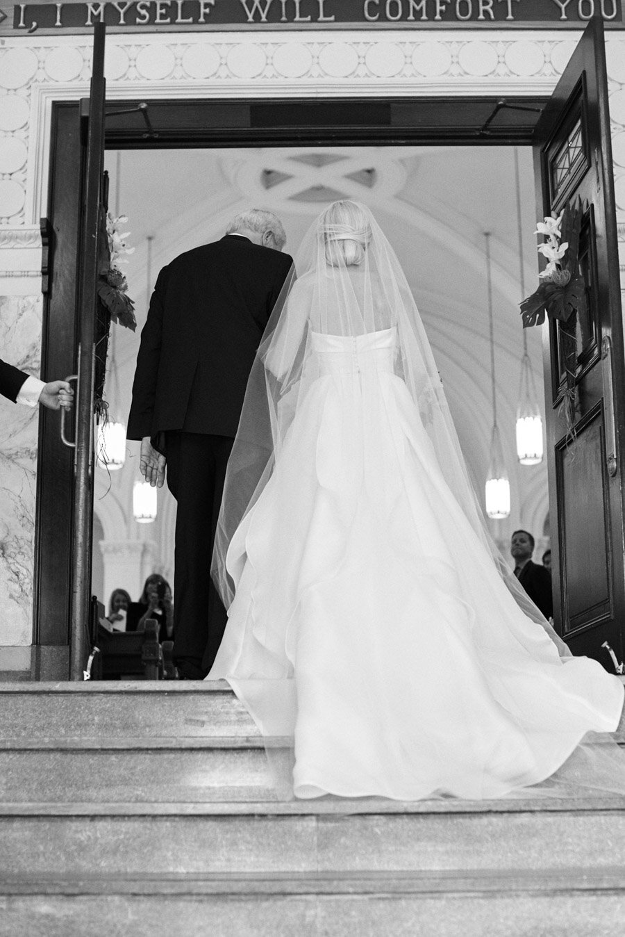 oneida-country-club-gallagher-wedding-015.jpg
