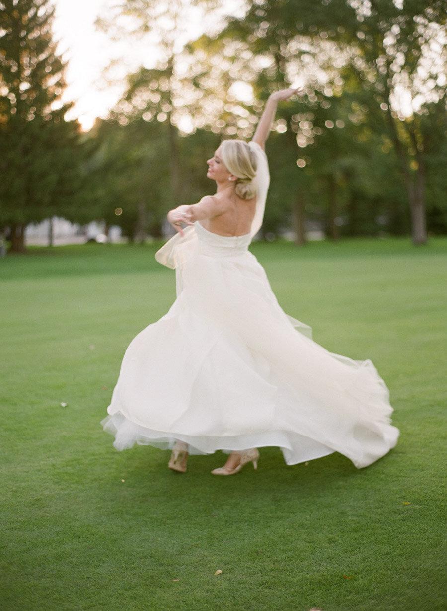 oneida-country-club-gallagher-wedding-052.jpg