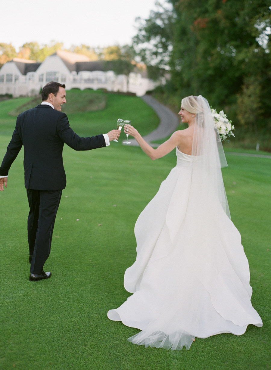 oneida-country-club-gallagher-wedding-054.jpg