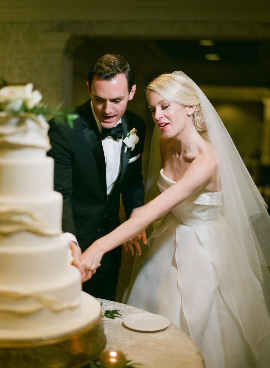 oneida-country-club-gallagher-wedding-055.jpg