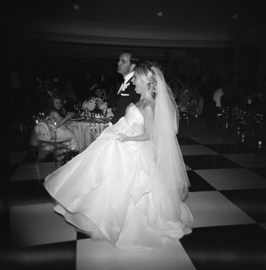 oneida-country-club-gallagher-wedding-069.jpg