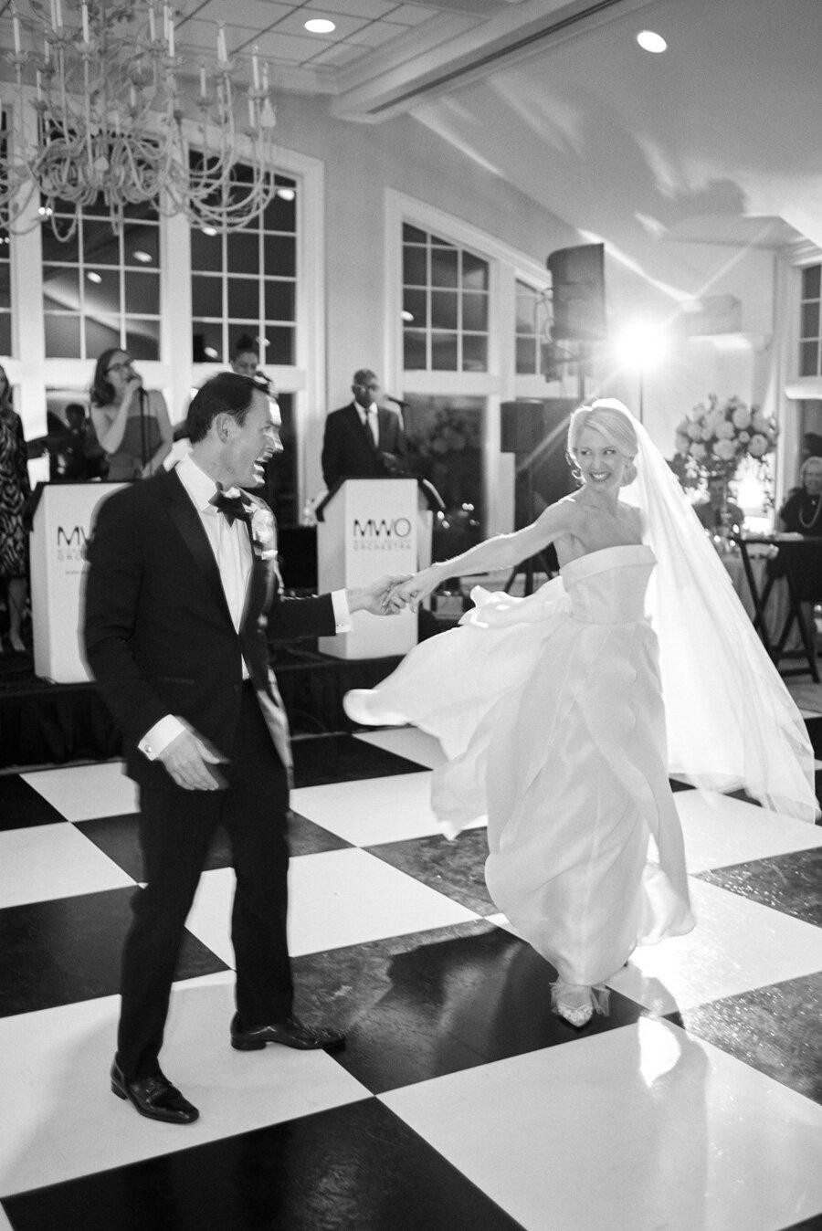 oneida-country-club-gallagher-wedding-071.jpg