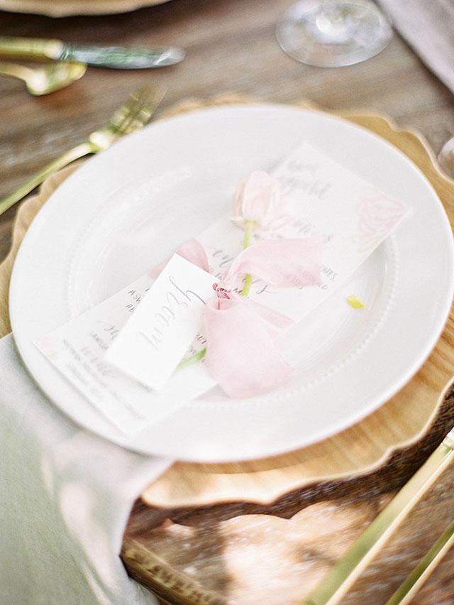 blush wedding shoot 5.jpg