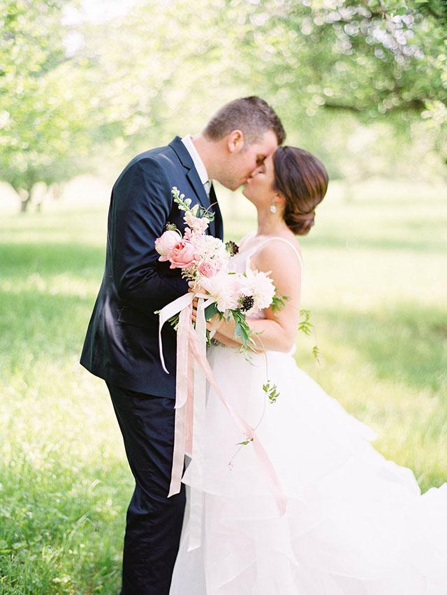 blush wedding shoot 10.jpg