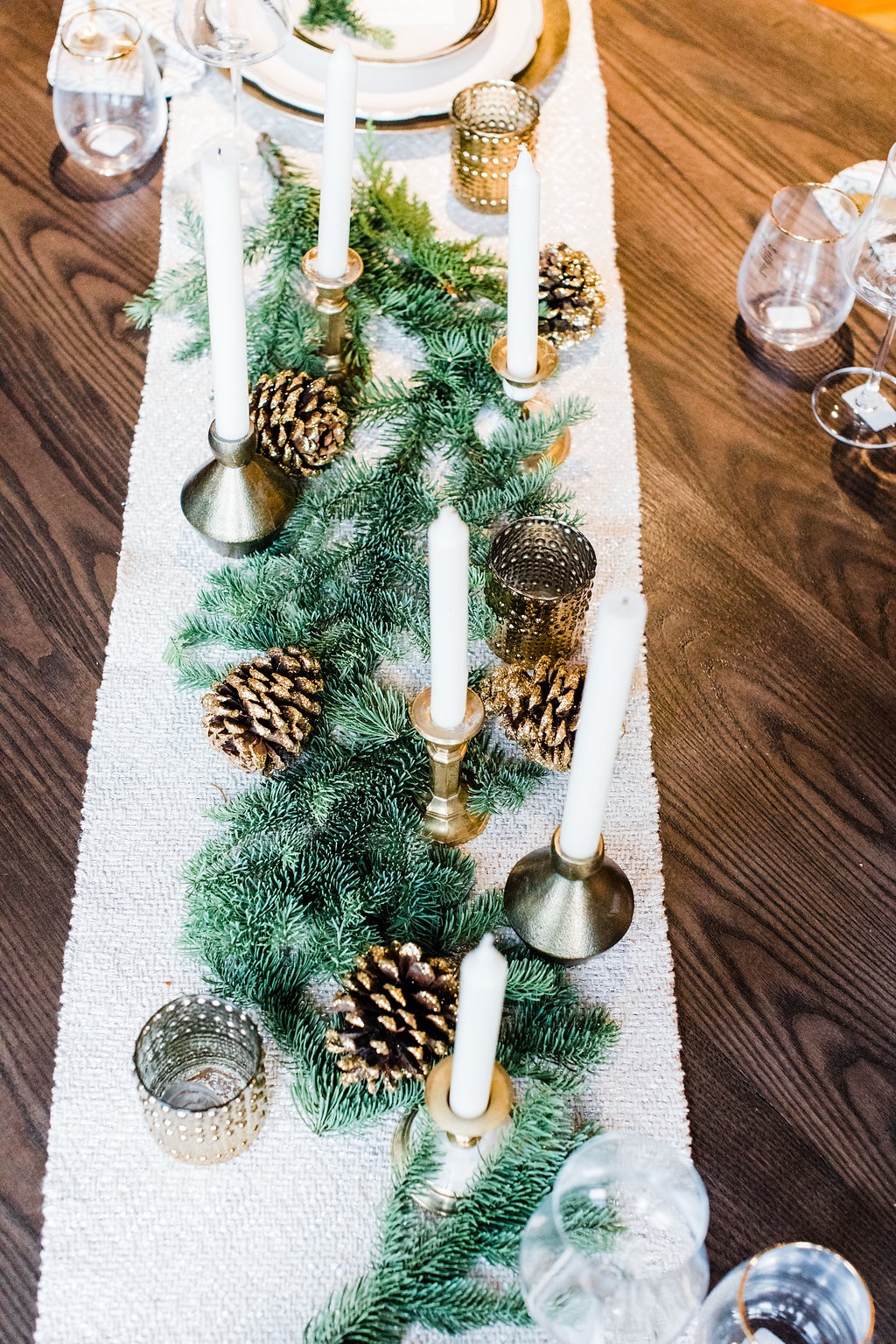 greenery runner tablescape
