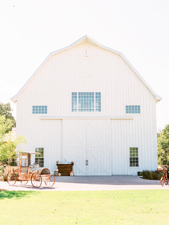 white sparrow barn - ashley slater photography