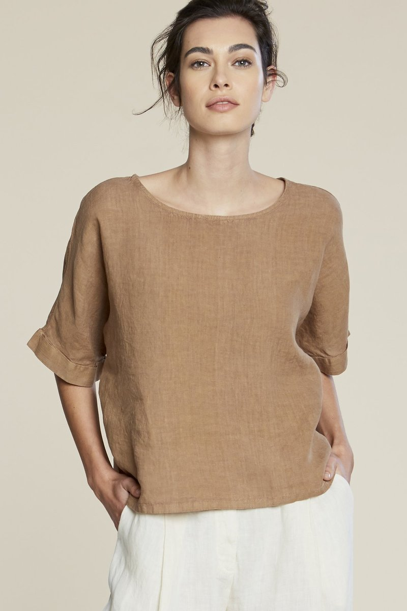 pipe and row filo sophia zoe linen top sustainable fashion