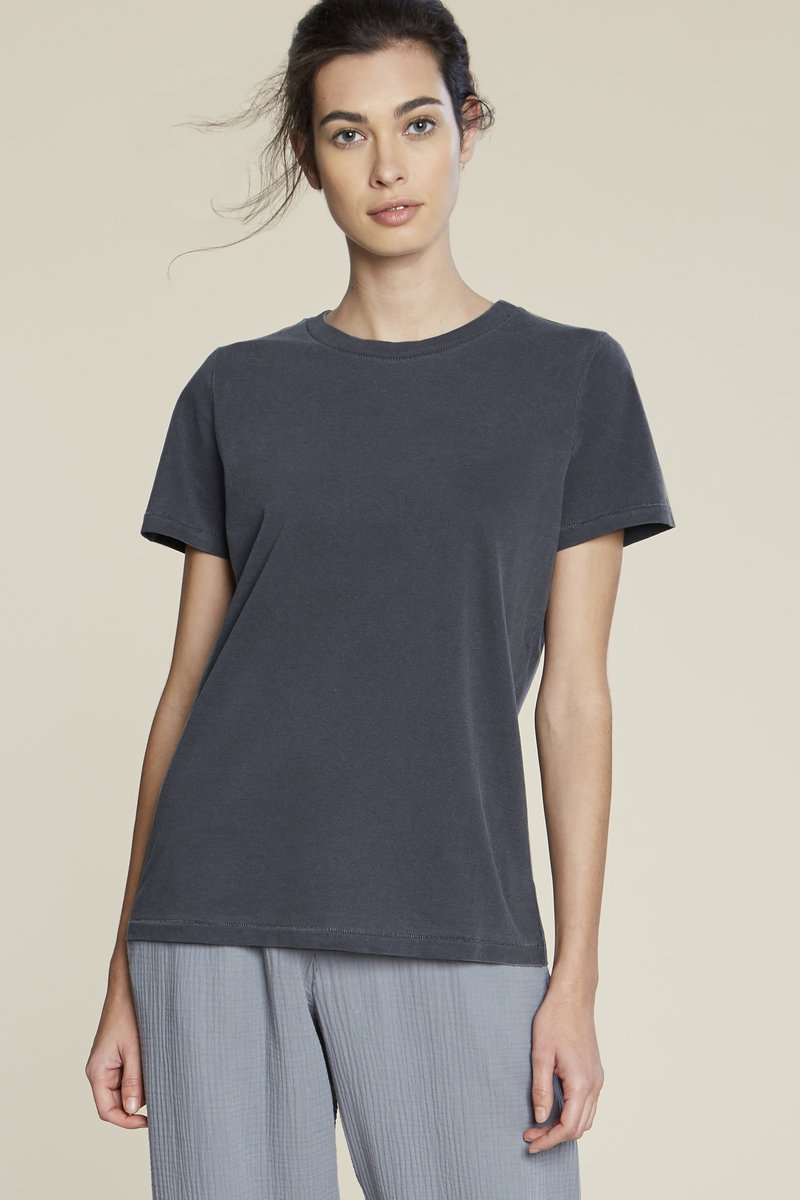 pipe and row filo sophia ariana tee sustainable fashion