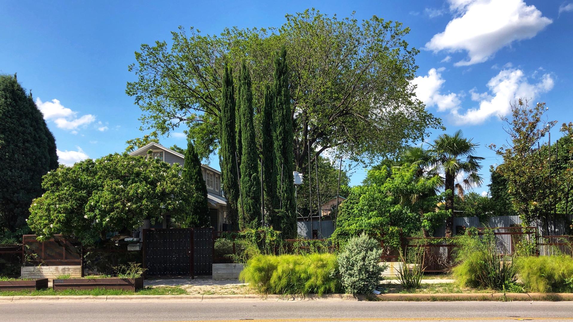 1102 East Street View.JPG