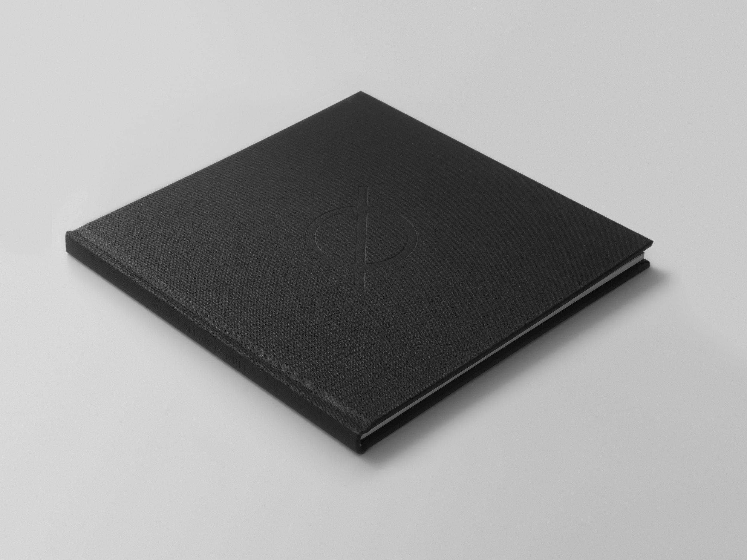 isometric_black.jpg
