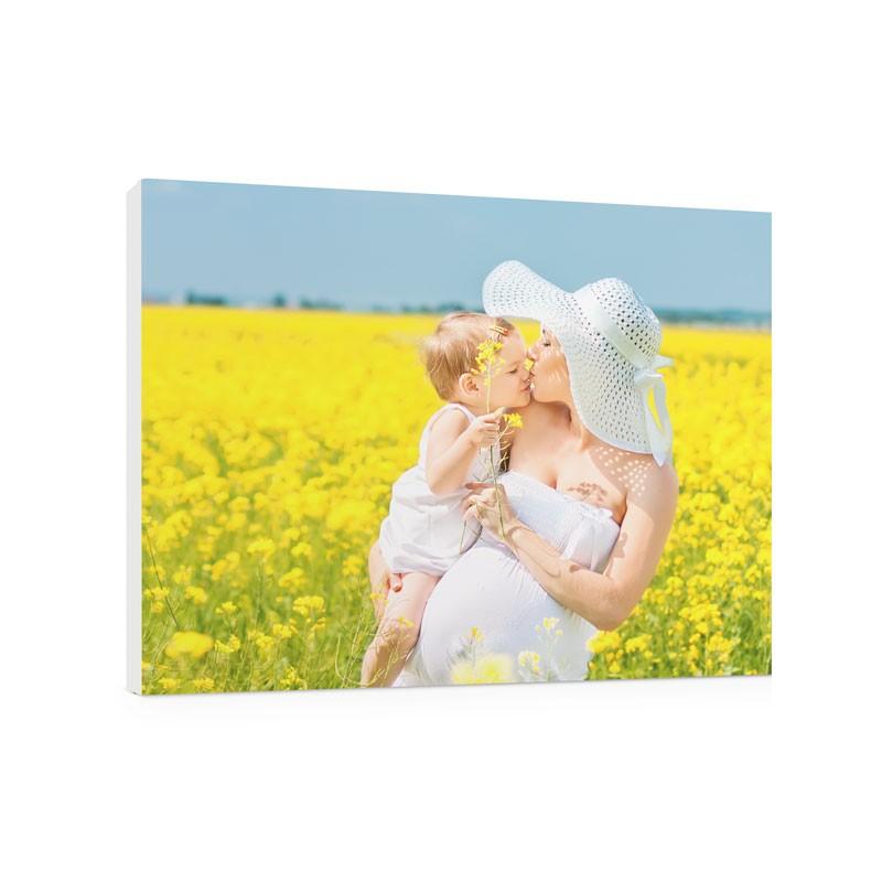 Foto su pannello - Pul 20 è un complemento d'arredo dall'estetica fine ed elegante. Un pannello fotografico con bordo colorato da stampare con i tuoi fotoricordi più belli per colorare delle tue emozioni le pareti di casa e ufficio.Questo prodotto permette di inserire 1 foto€ 27,90 per il formato 20x30€ 39,90 per il formato 30x40€ 67,90 per il formato 50x70€ 88,90 per il formato 50x100€ 109,90 per il formato 70x100