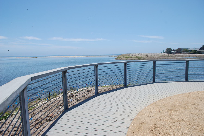 11-rcd-stevens-bunch-design-malibu-lagoon-surfrider-overlook.JPG