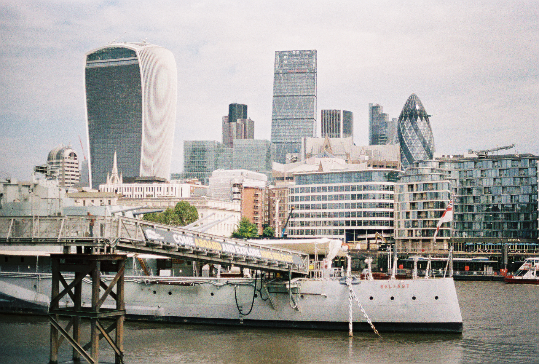 downtown-london-skyline-european-honeymoon