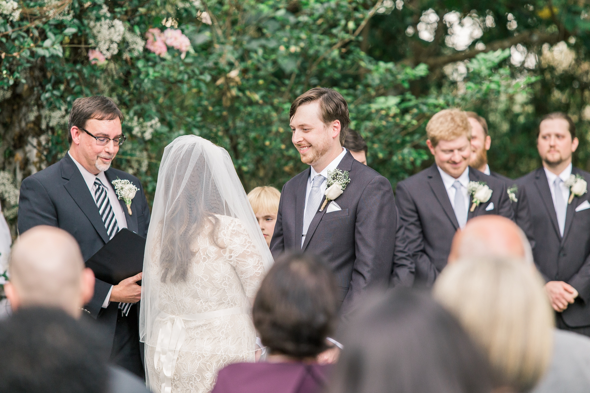 outdoor-wedding-at-the-henry-smith-house