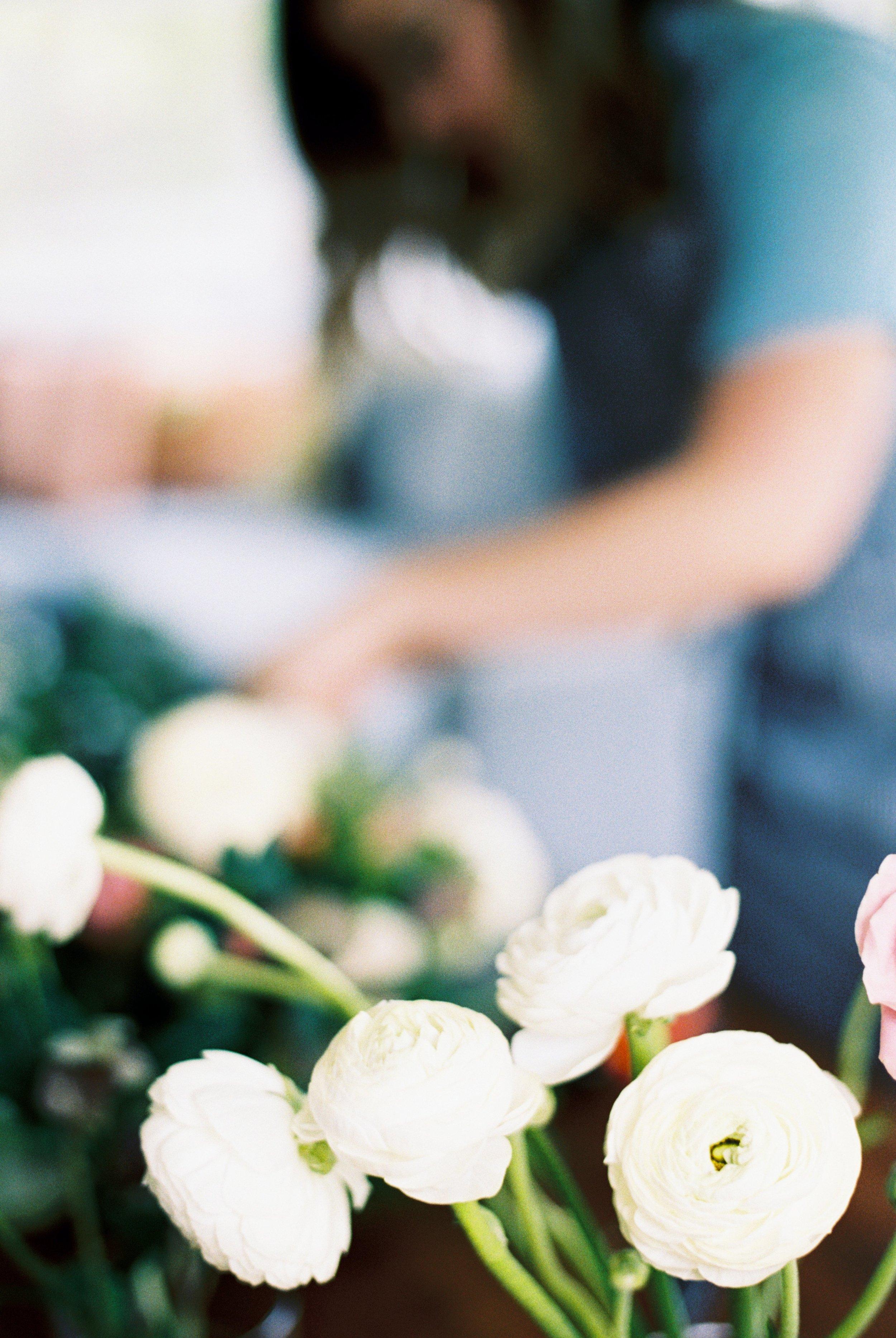 white-ranunculas-dc-wedding-florist
