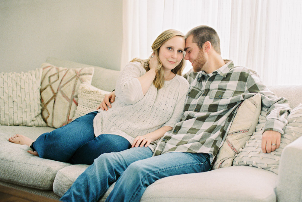 cozy-in-home-couples-session