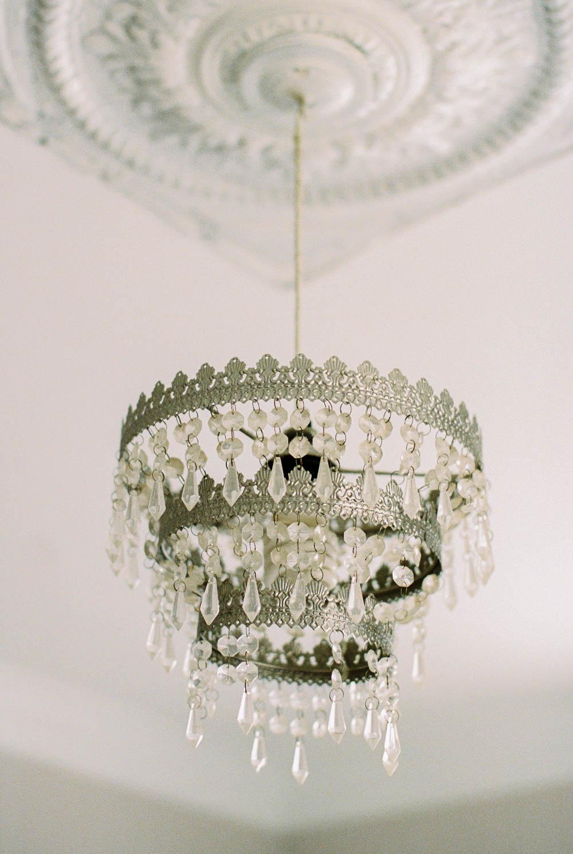 antique-bedroom-chandelier-crystal