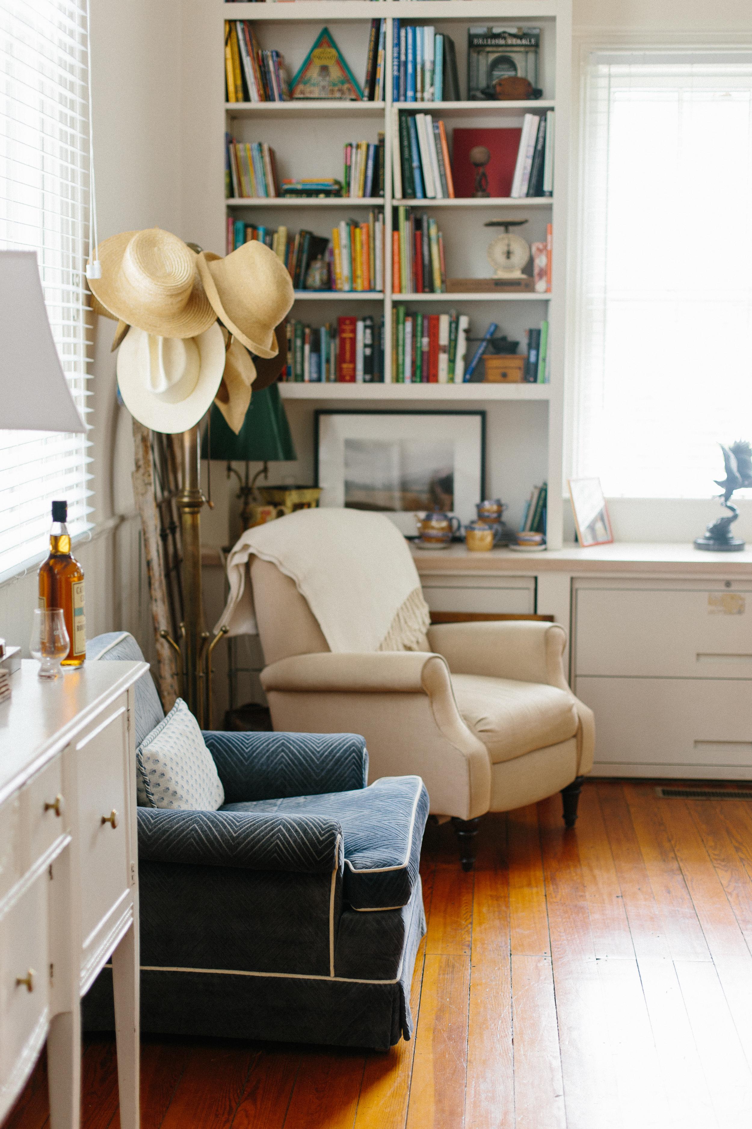 cute-rustic-airbnb-in-waterford-va