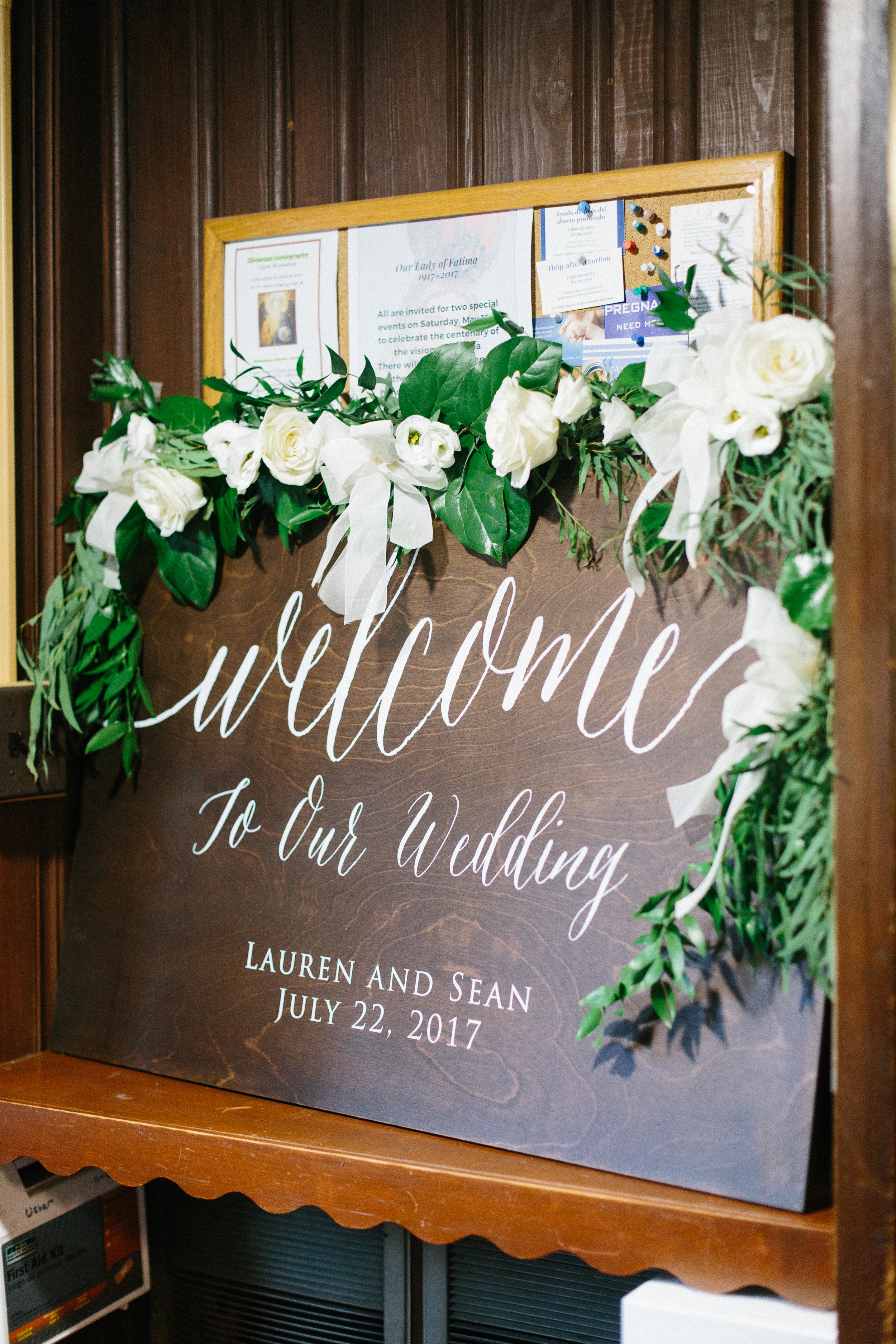 fine-art-wooden-wedding-signage-with-greenery