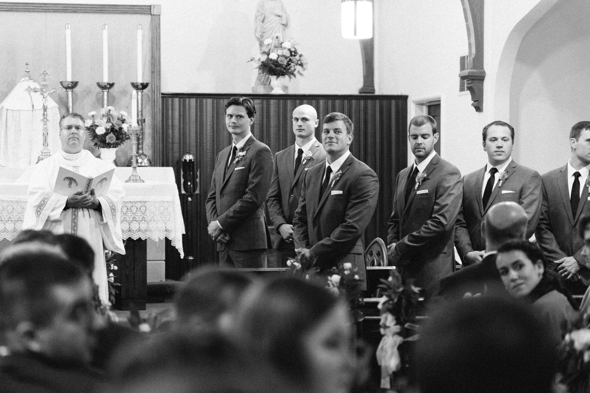 groom-sees-bride-for-the-first-time-wedding-ceremony