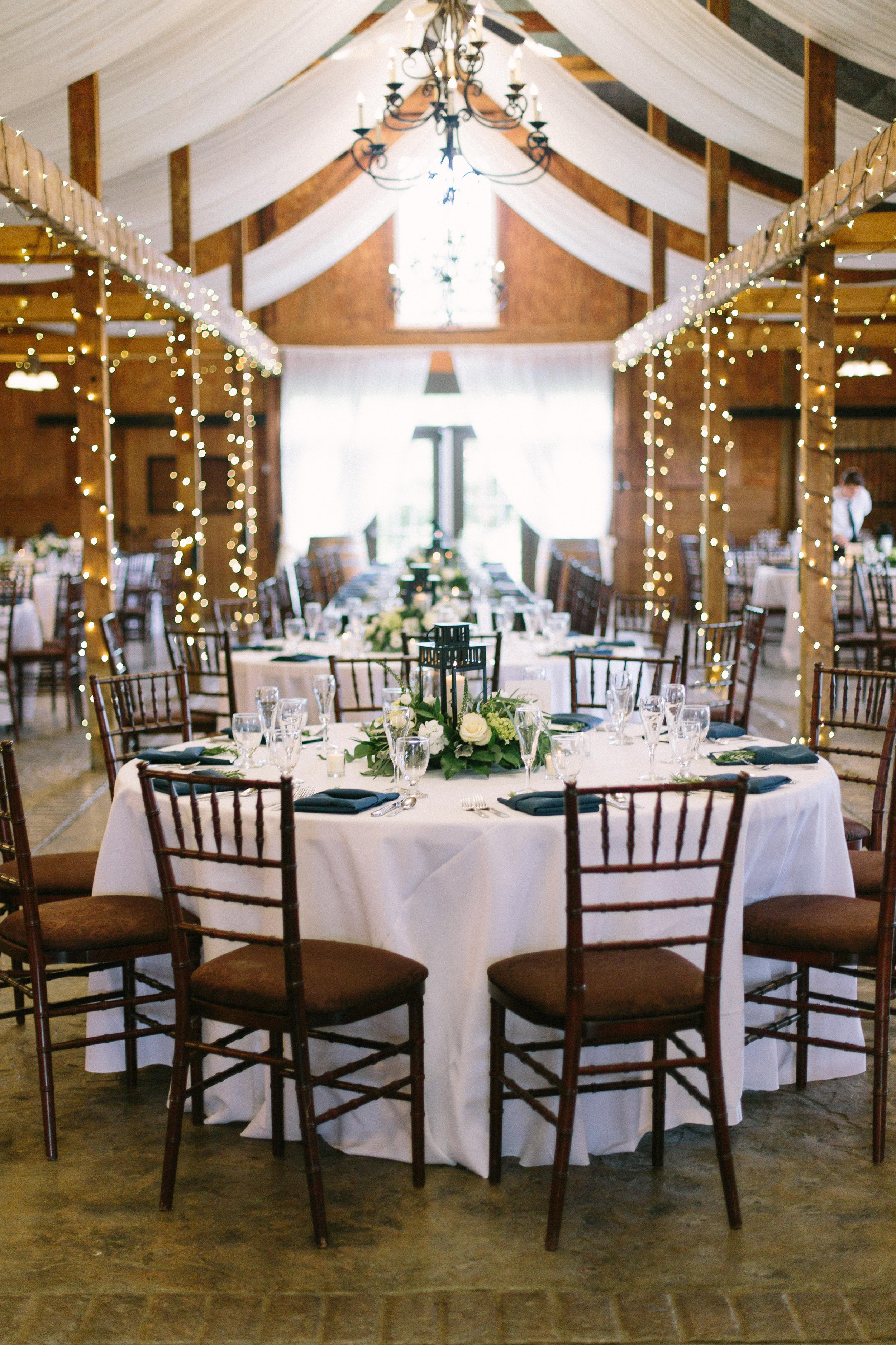 wedding-reception-at-bluemont-vineyard
