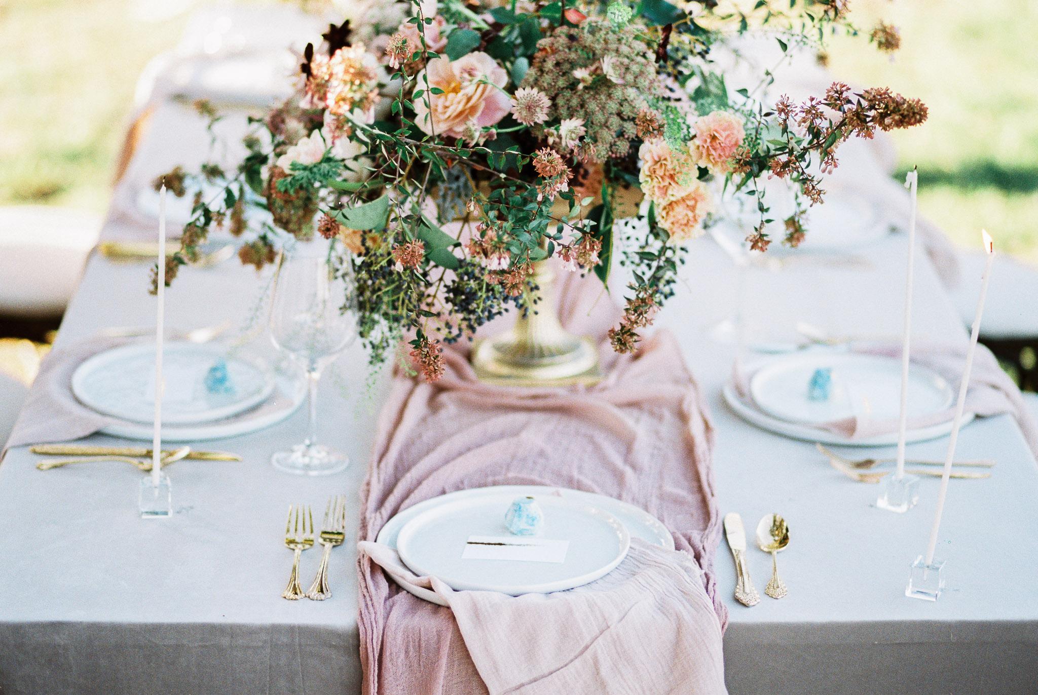pop-the-cork-planning-wedding-tablescape